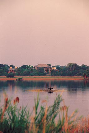 chaminuka game reserve lake