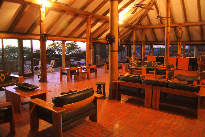 chaminuka game reserve lounge