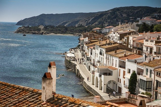 cadaques-838724_640 The Ultimate Spain Itinerary 14 days: The Sun, The Glam, The Munch, The Culture