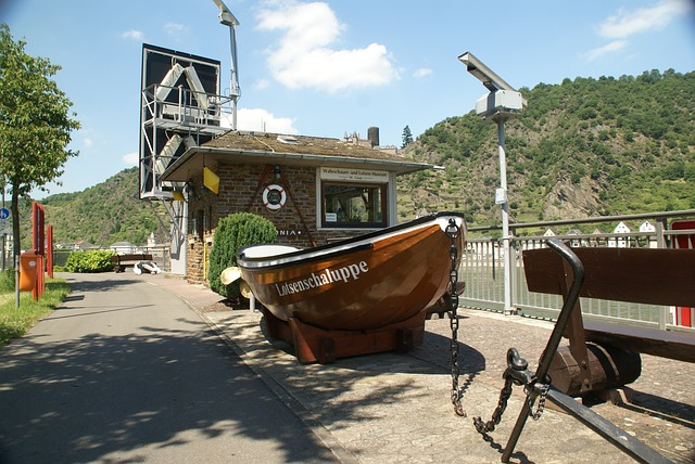 st-goar-2432097_640 6 Places to Visit in Germany in Summer