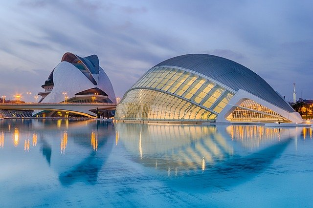 valencia-1049389_640 The Ultimate Spain Itinerary 14 days: The Sun, The Glam, The Munch, The Culture