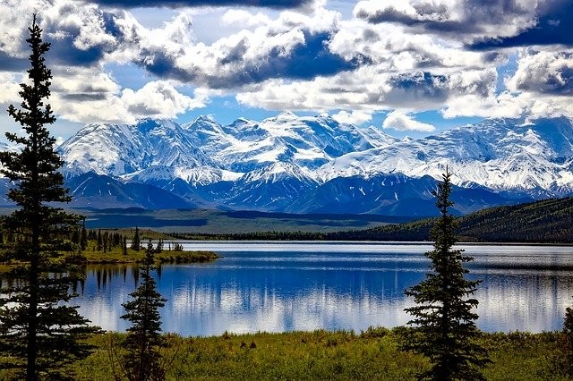 denali-national-park-1733313_640 Alaska Itinerary 10 days