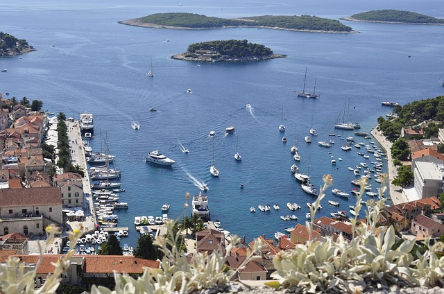 hvar-62677_640 Croatia Five Day Itinerary: 5 Ways to Tackle it